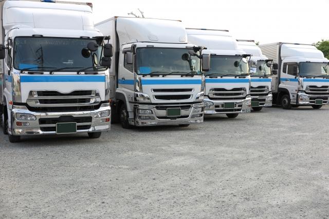 大型トラック車庫