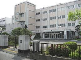 現在の静岡県立榛原高等学校