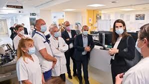 ベルギー首相が病院職員に聞き取り