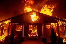 ロサンゼルス近郊で山火事