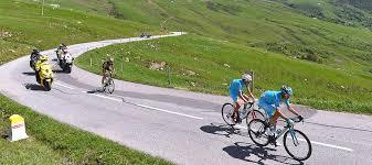 自転車のロードレース「クリテリウム・デュ・ドーフィネ」