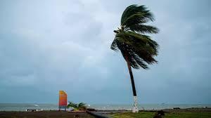 ハリケーンとしての1日の後