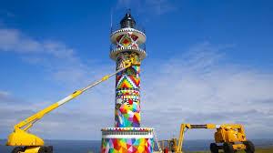 塗り替え中のアホ岬の灯台