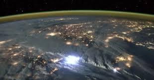 宇宙から見た台風10号