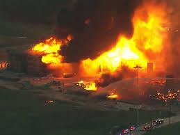 ヒューストン郊外のアパートの大火災