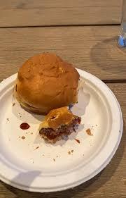 食べていたハンバーガー