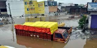 インド南部で豪雨