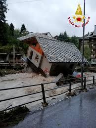 嵐アレックスで、フランスとイタリアで大規模な洪水発生