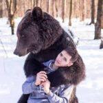 サーカスの調教師がクマに襲われ死亡