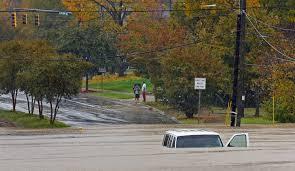 ノースカロライナ州のキャンプ場で洪水。