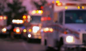 カメルーンでバス2台とトラック衝突、37人以上死亡