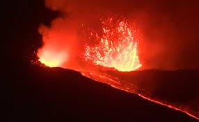 エテナ火山噴火