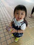 両親からの虐待を絵に描いていた香港の死亡した5歳女児